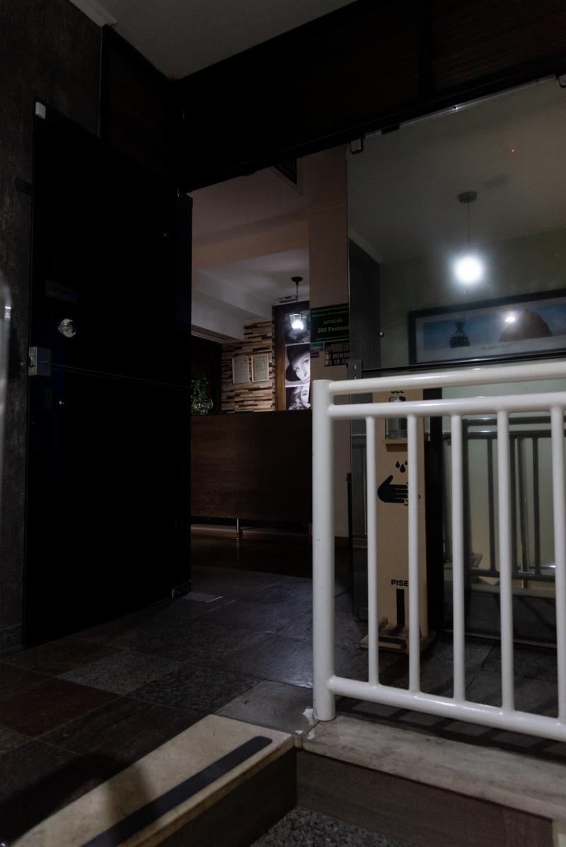 Escada de acesso a recepção